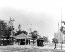 Street Cars on Palafox